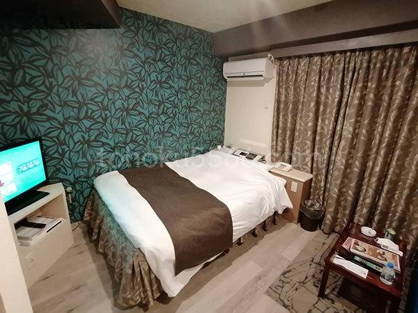 ホテルシンドバッド ベッド