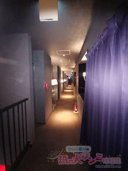ラブホ 廊下